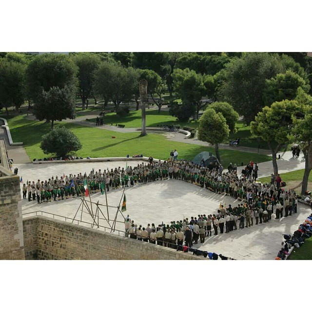 Apertura regionale Puglia #assoraider #scout #wfis #scoutandproud #instacamp #instascout #campamento #italianscout #instamoment #scoutgram #pioneering #scoutismo #instalife #instascout #quadrato #cerimonia #alzabandiera #giglio #puglia #italy #picoftheday #followme #following #t4l #scoutlife #scoutlover #escoteiro